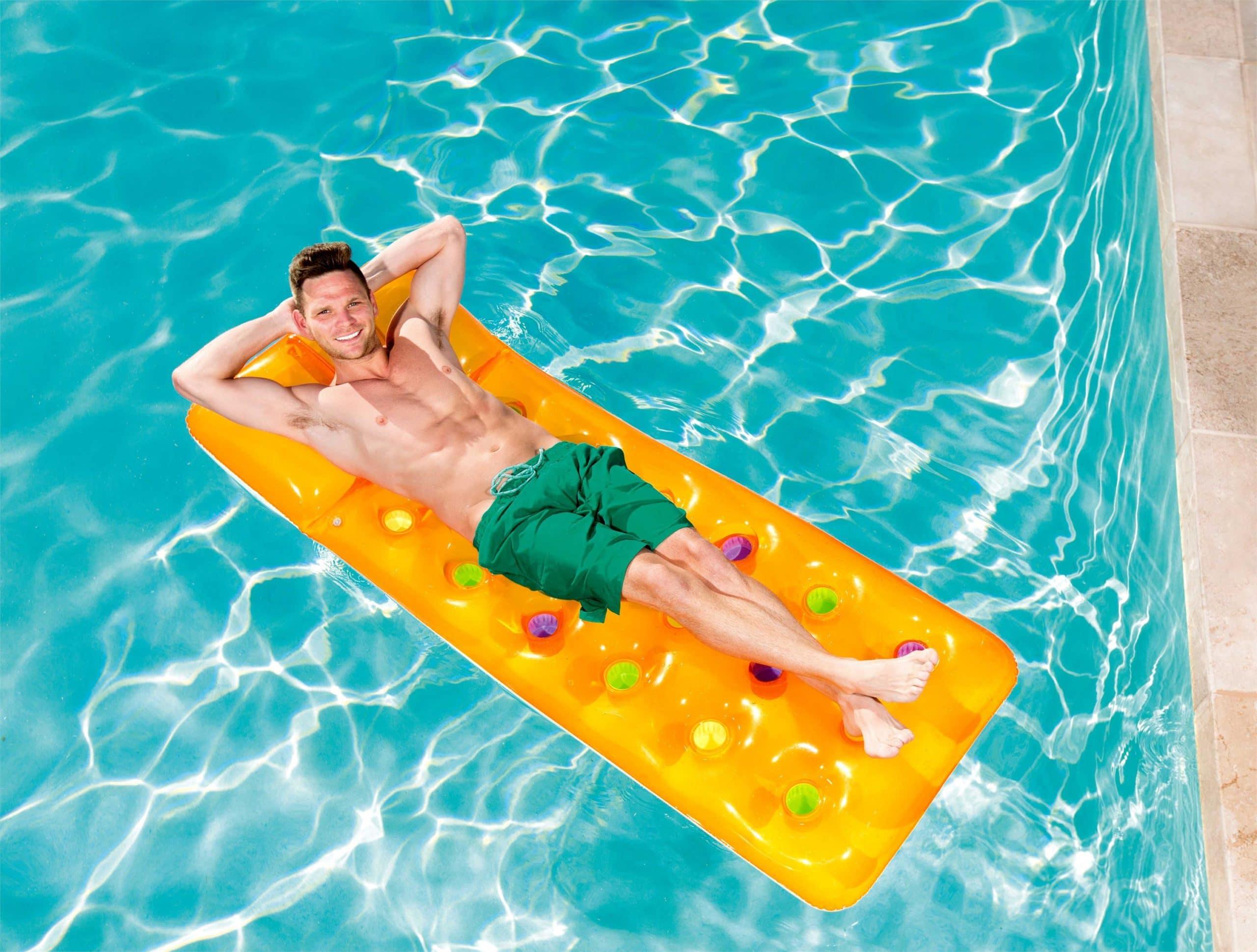 Luftmadras til pool eller strand fra Bestway®